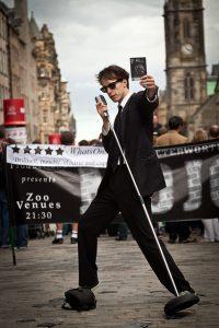 street performers 870123 640 200x300 - רעיון למתנה מקורית : הקלטת שיר או הפקת קליפ במתנה